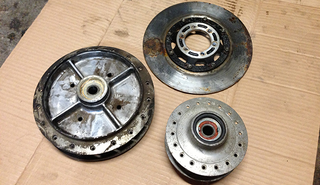RD350 Hubs and disc brake.